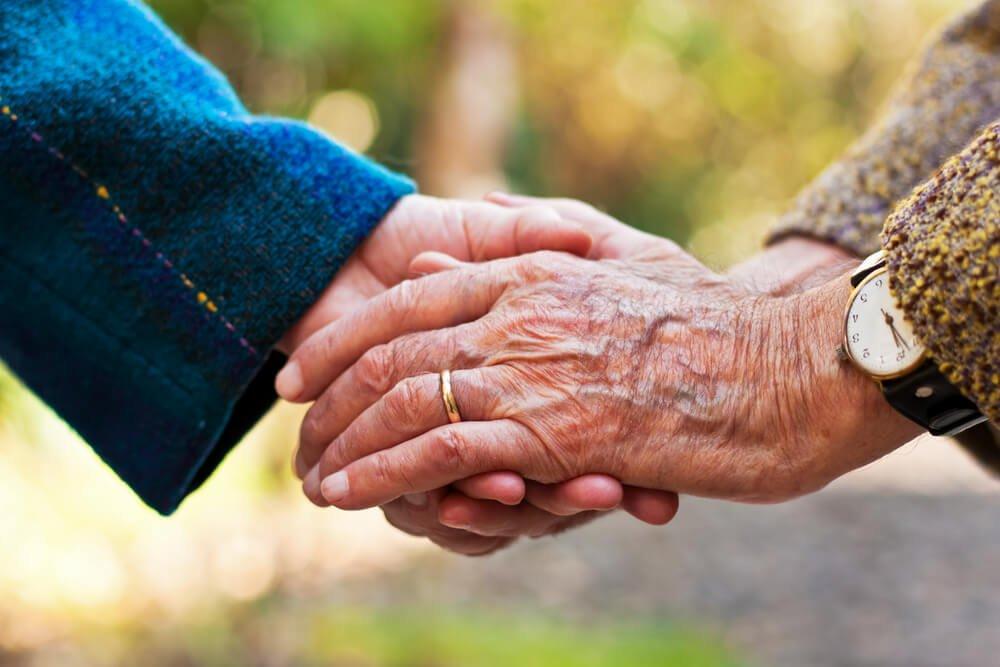 J'ai finalement épousé mon véritable amour après 60 ans