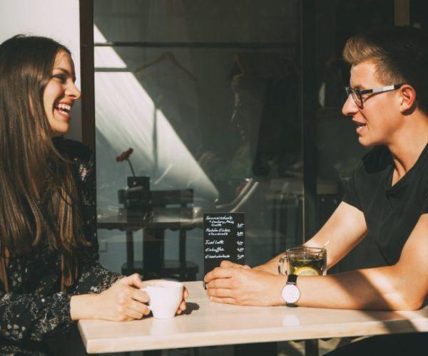 Comment dire à votre partenaire que vous êtes toujours ami avec un ex