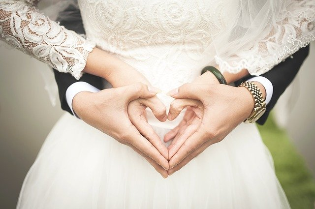Il s'avère que c'est plutôt bien: être marié
