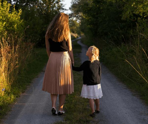 12 choses que les parents célibataires doivent savoir sur les rencontres